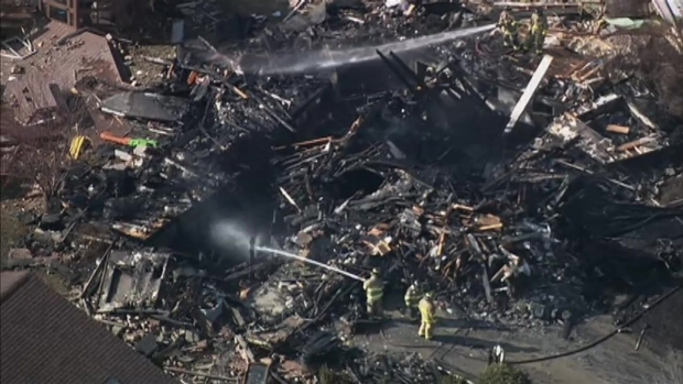 [CHI] Raw: Firefighters on Scene After New Lenox House Explosion