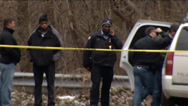 [CHI] Chicago Cop Shoots Alleged Home Intruder