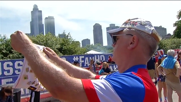 [CHI] Fans Gather in Chicago for U.S.-Portugal World Cup Match