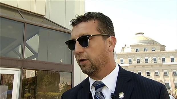 [CHI] Gary Prepares to Honor Slain Officer