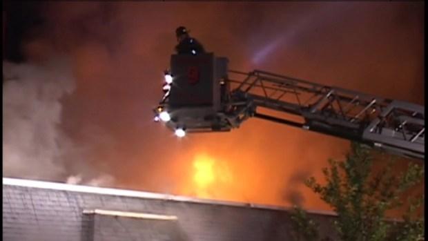 [CHI] Firefighters Battle Naperville Blaze