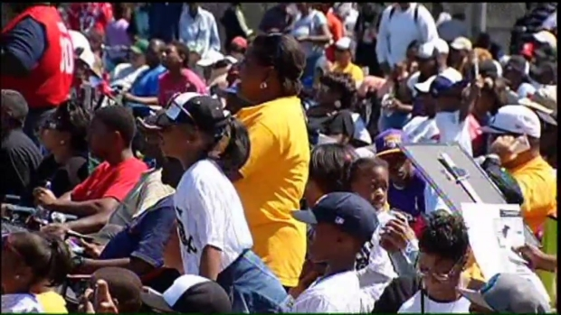 [CHI] Chicago Cheers on Jackie Robinson West