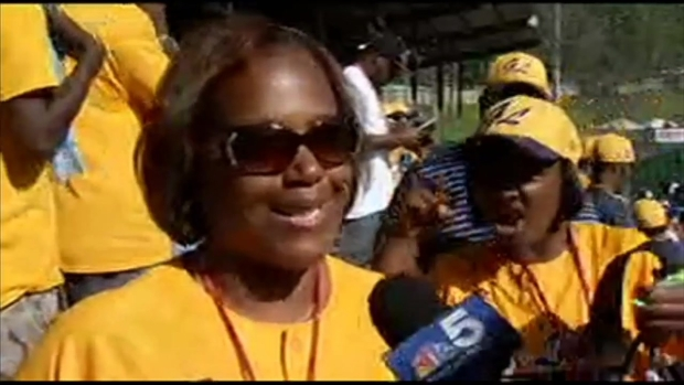 [CHI] Fans React to Jackie Robinson West Win