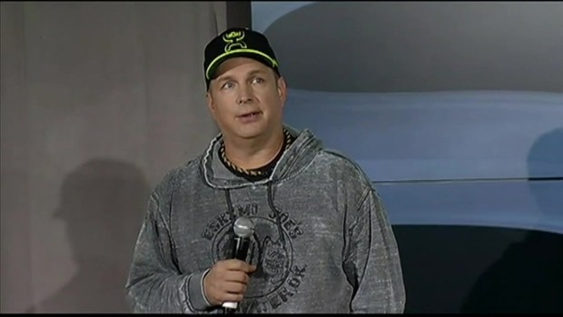Garth Brooks Discusses Return to Performing