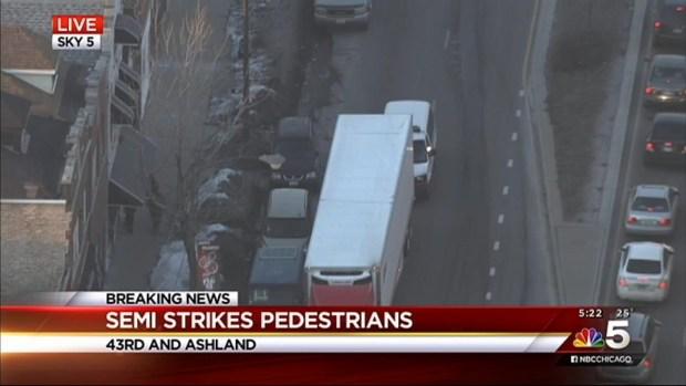 [CHI] Semi-Truck Strikes Three Pedestrians on South Side