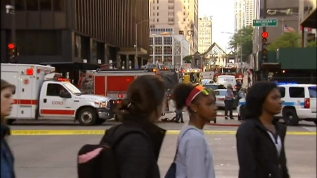 [CHI] Ambulances Called to Downtown Bus Crash