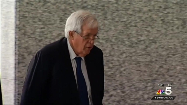 [CHI] Hastert Pleads Not Guilty