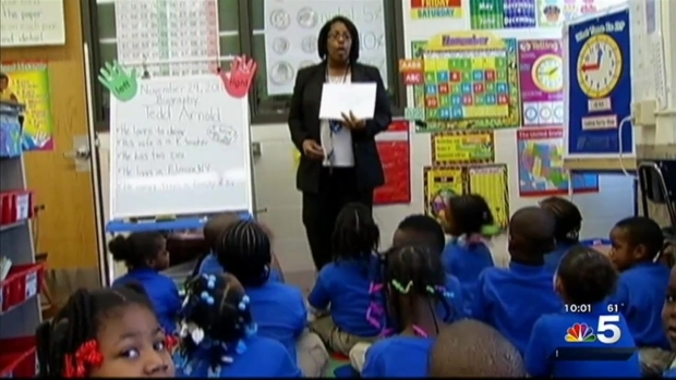[CHI] Chicago Public Schools to Cut 1,400 Jobs Wednesday