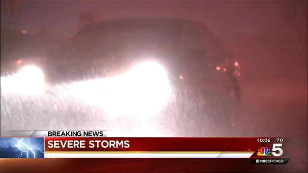 [CHI] Heavy Downpours Roar Through City