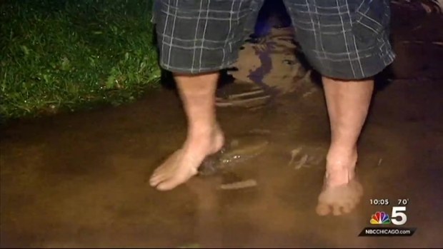 [CHI] Flooding Blocks Streets in Oak Lawn