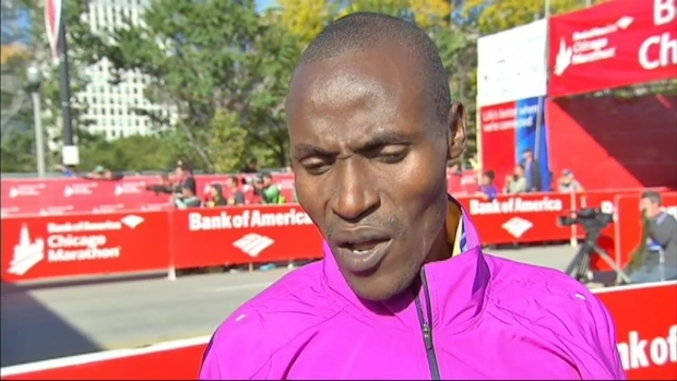 [CHI] Dickson Chumba Wins Men's Race in 2015 Chicago Marathon