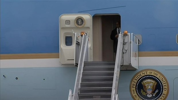 [CHI] Obama Arrives in Chicago