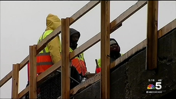 [CHI] Hundreds Forced to Evacuate When CTA Red Line Train Derails
