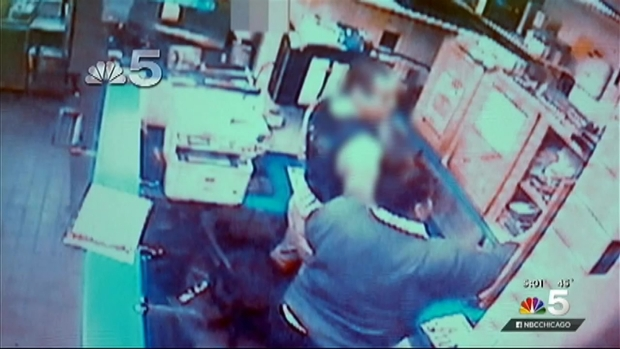 [CHI] Photos Show Officer at Burger King Night of McDonald's Death