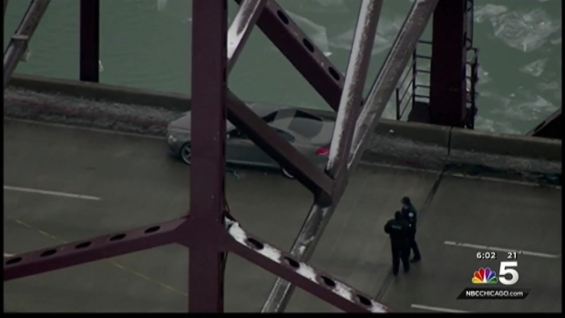 [CHI] Deadly Shooting on Chicago Skyway Forces Partial Shut Down