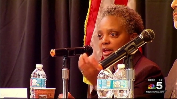 [CHI] Police Task Force Receives Advice at Community Meeting