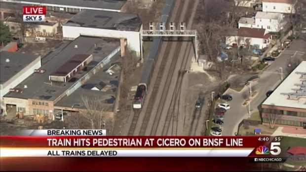 [CHI] Metra Train Strikes Pedestrian