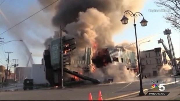 [CHI] Firefighters Battle South Suburban Blaze