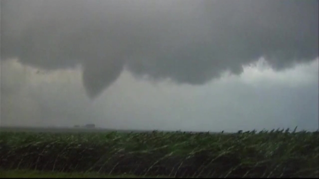 [CHI] Video Appears to Show Tornado in Mendota