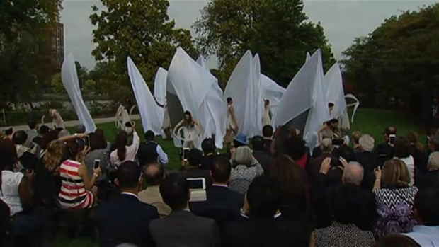 [CHI] Yoko Ono Public Art Installation Unveiled in Chicago