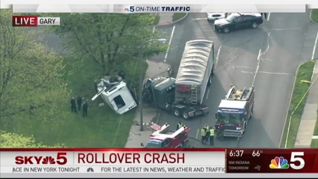 [CHI] 1 Dead, Injuries Reported in Rollover Crash in Gary