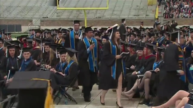 [CHI] Graduates Walk Out on Pence at Notre Dame