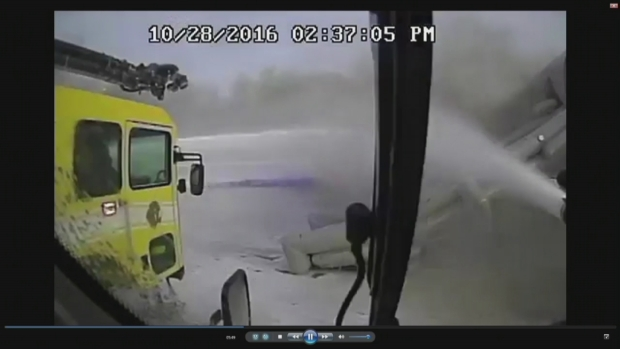 Dramatic tower video of 2016 O'Hare plane fire released