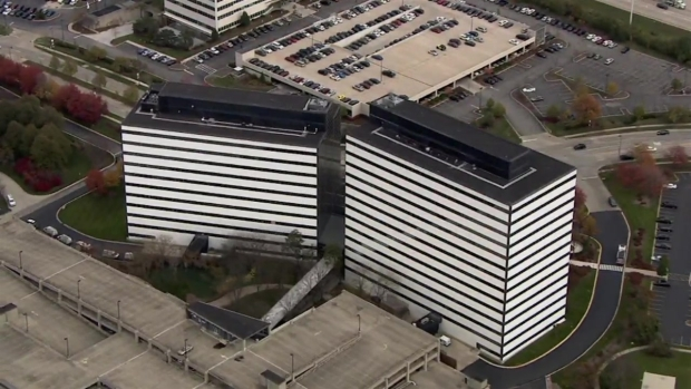 Sky 5: Schaumburg Office Complex on Lockdown After Report of Man With Gun: Police