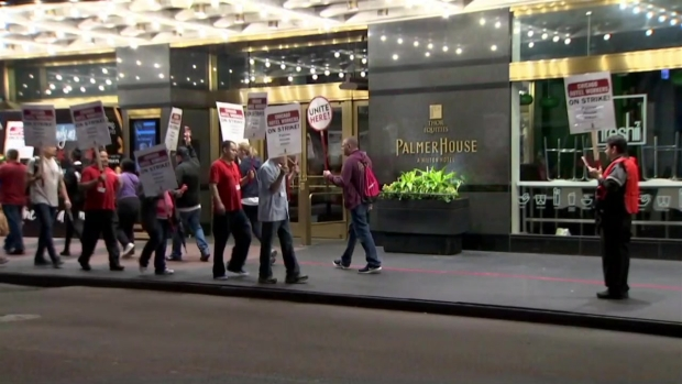 [CHI] Hotel Workers on Strike in Downtown Chicago