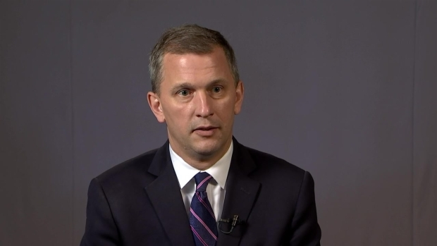 Casten Speaks About Challenge of Unseating Roskam