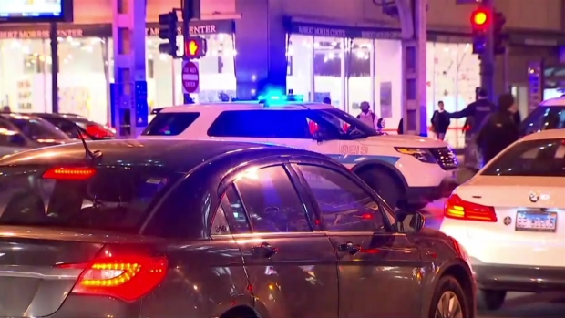 [CHI] Cops Descend on Downtown CTA Stop After Rush Hour Shooting