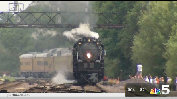 [CHI] Giant Steam Locomotive Arrives in West Chicago for Weekend
