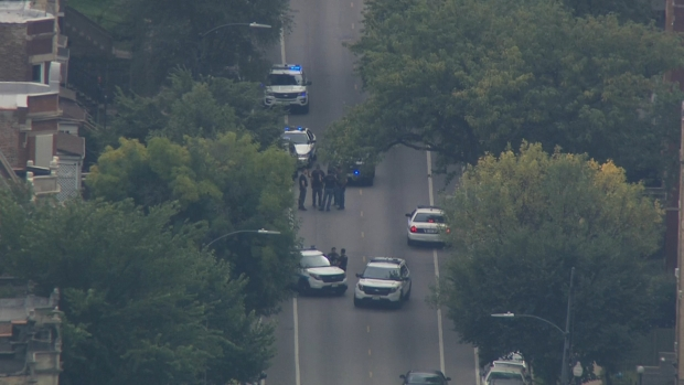[CHI] Sky 5 Shows Search Scene After Officer Hit by Vehicle During Police Pursuit