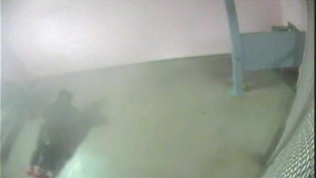 [MI] RAW VIDEO: Justin Bieber Does Pushups in Jail After Miami Beach Arrest