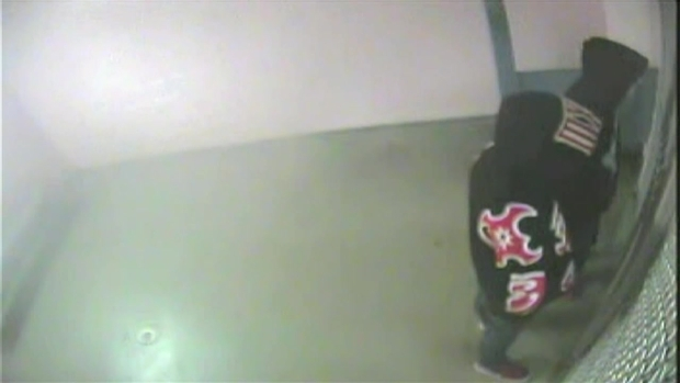 [MI] RAW VIDEO: Justin Bieber Waits in Holding Cell After Miami Beach Arrest