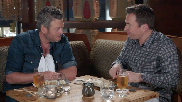 [NATL] 'Tonight Show': Jimmy Fallon Treats Blake Shelton to Sushi