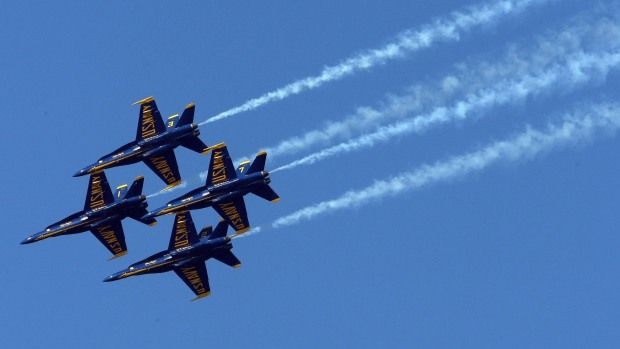 [CHI] Pilots Prepare for Weekend's Air and Water Show