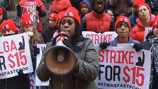 [CHI] Workers Continue Fight for $15/Hour