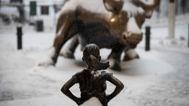 [NATL] 'Charging Bull' Artist Says 'Fearless Girl' Violates His Legal Rights