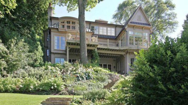 Inside Former Cub Kerry Wood's Lake Geneva Home