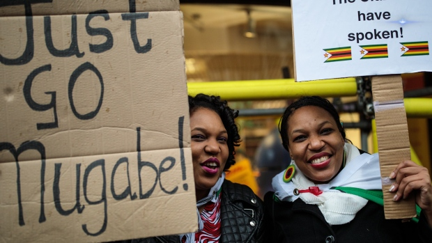 [NATL] Zimbabwe President Robert Mugabe Resigns