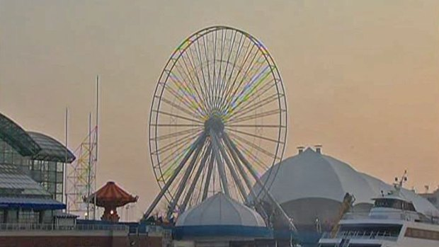 [CHI] Navy Pier's Ferris Wheel Gets First Makeover