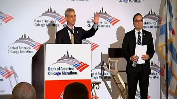 Mayor Helps Honor Elite Runners at Marathon Kick-Off Event