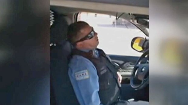 [CHI] CPD Investigates Video of Cop Appearing to Snooze