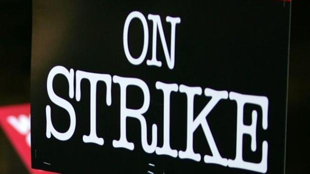 [CHI] Chicago Teachers File 10-Day Strike Notice