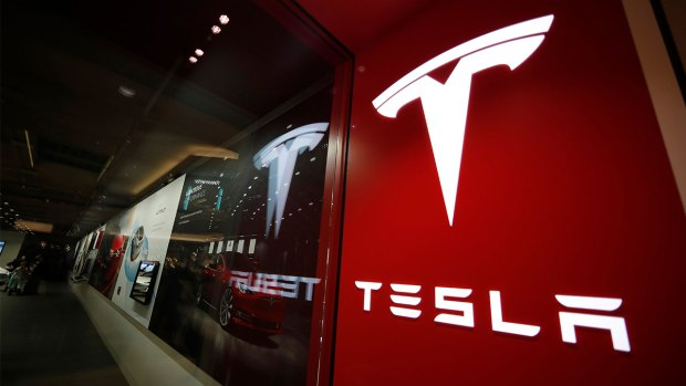 [BAY] Tesla Finally Launches Model 3 for $35K