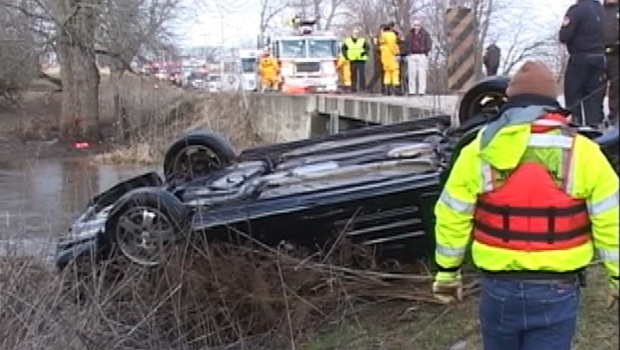 [CHI] Four Teens Killed When Car Plunges Into Creek