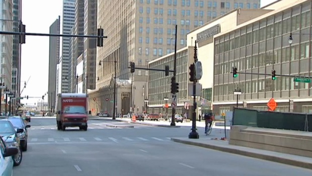 [CHI] Chicagoans Flee Downtown for NATO