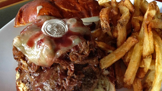 "[CHI] ""The Ghost"" Burger with Communion Wafer Raises Eyebrows"