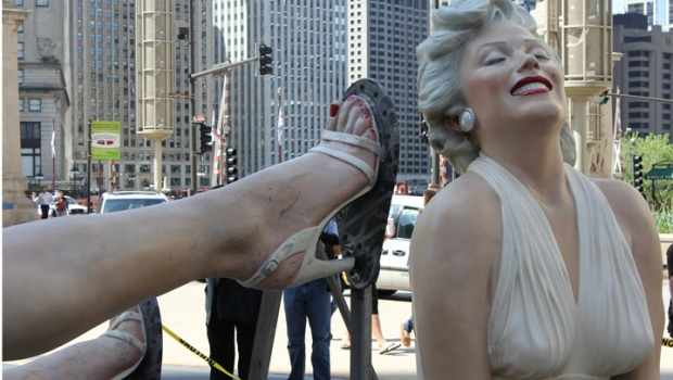 """Forever Marilyn"" Statue Dismantled"